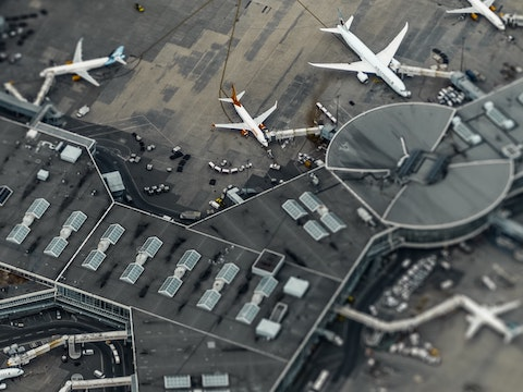 Featured image for Government's transport decarbonisation plan must include aviation, AEF argues