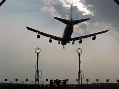 Featured image for Briefing: Is a new runway compatible with UK climate policy?